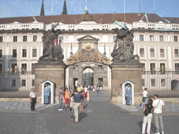 Renew Philippine Passport in Czech Republic